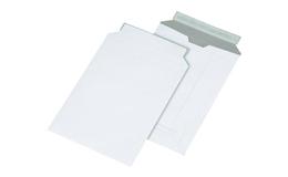 Конверт из картона, белый(отрывная клейкая лента)